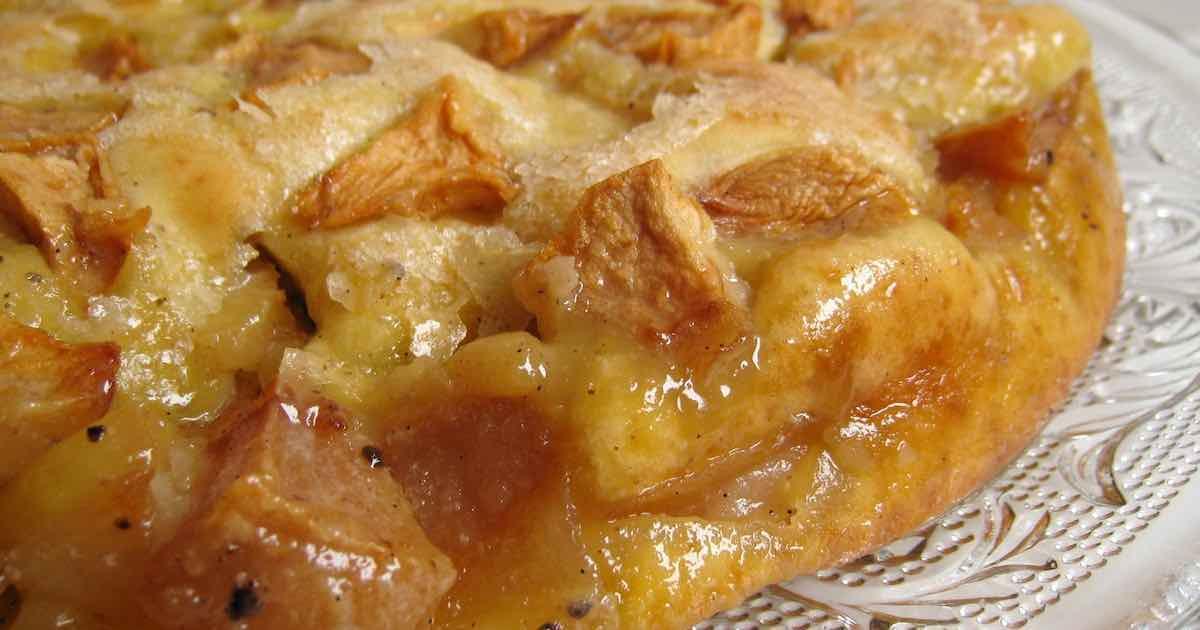 Moelleux aux pommes et sa croûte croustillante.
