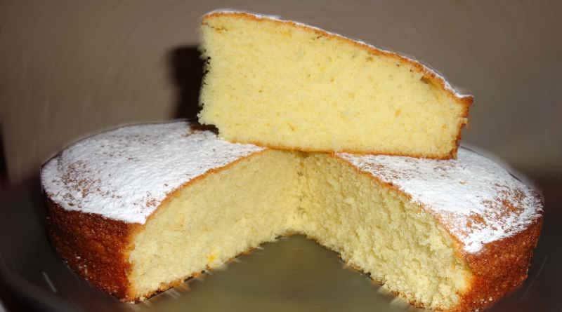 Gâteau moelleux à la crème fouettée