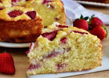 Gâteau fraise noix de coco sans farine