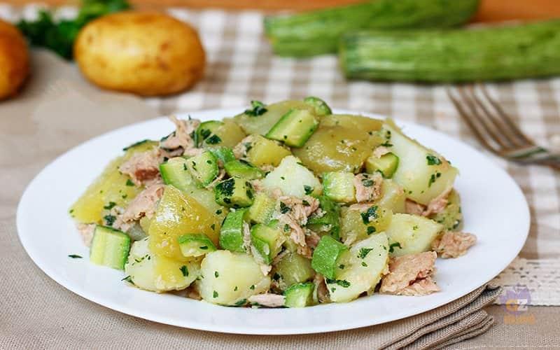 Salade de pommes de terre aux courgettes et au thon