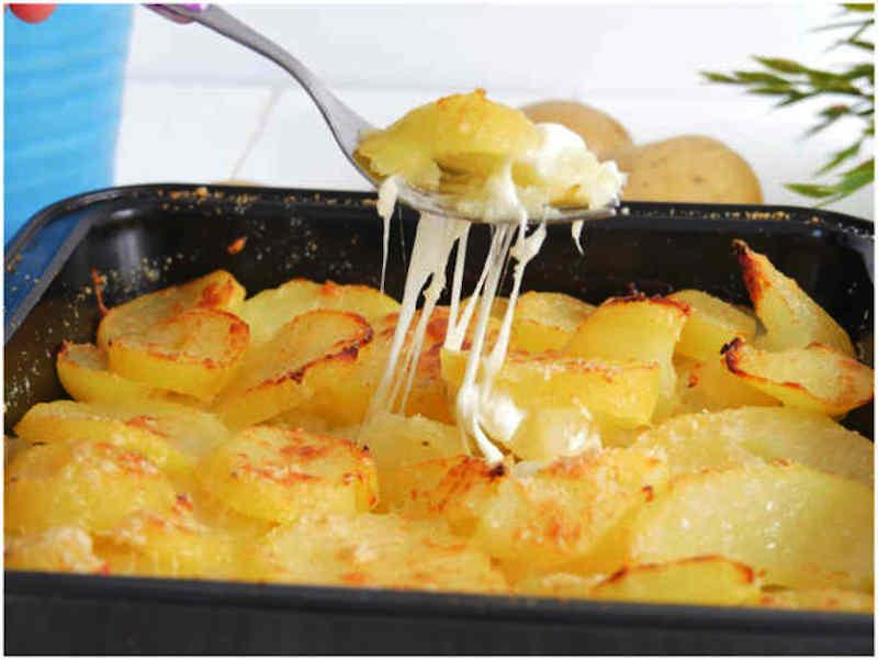 Pommes de terre au four filantes