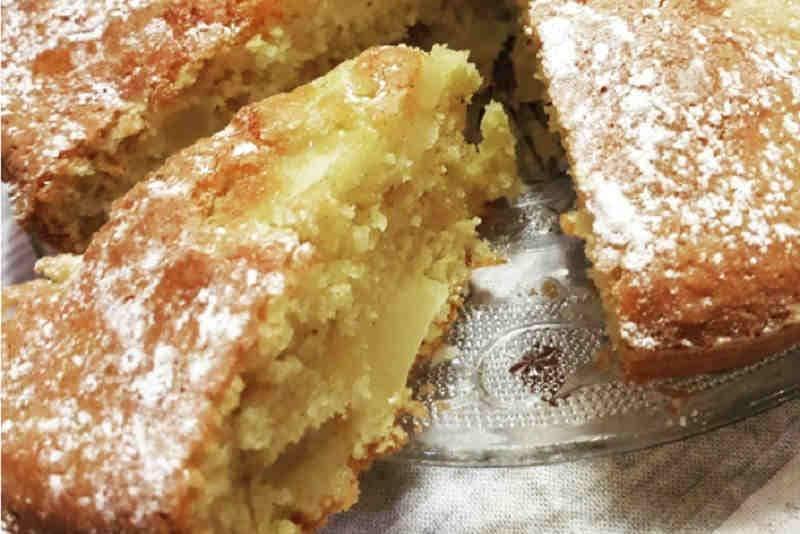 Gâteau aux pommes à la cannelle et au miel