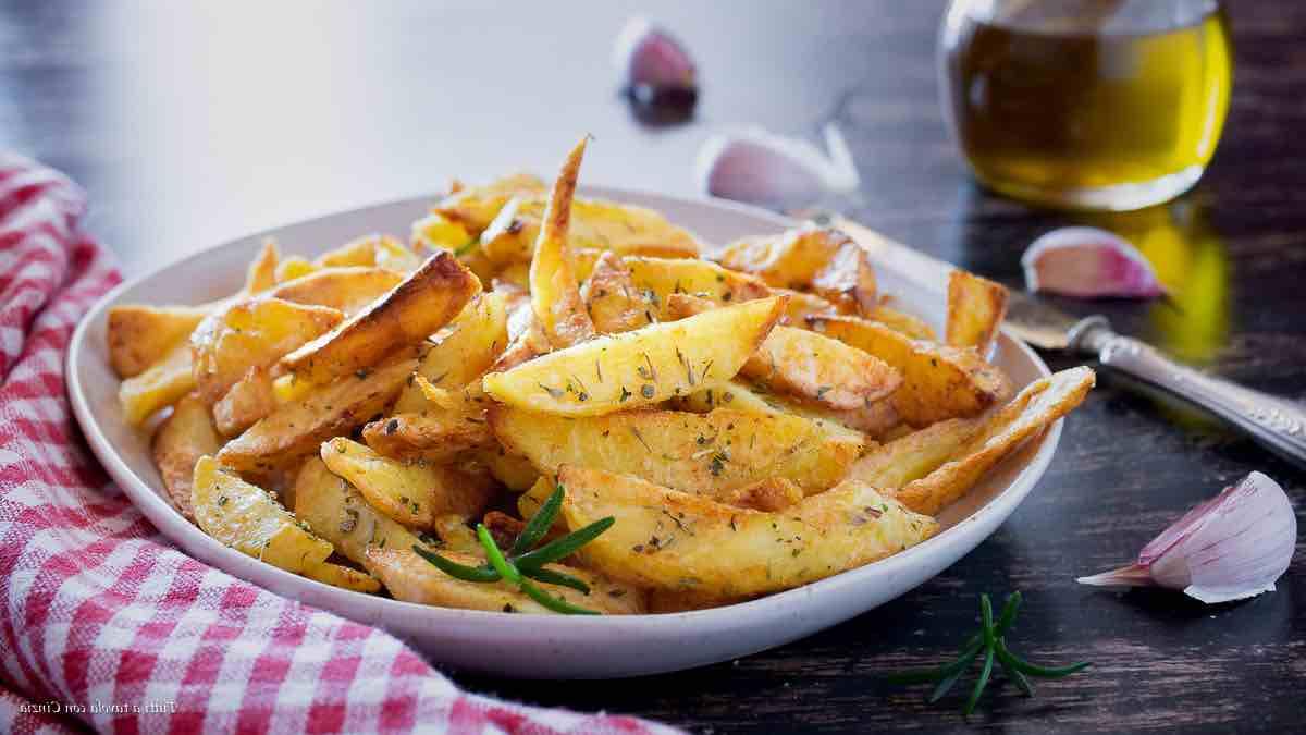 Pommes de terre frites aromatisées