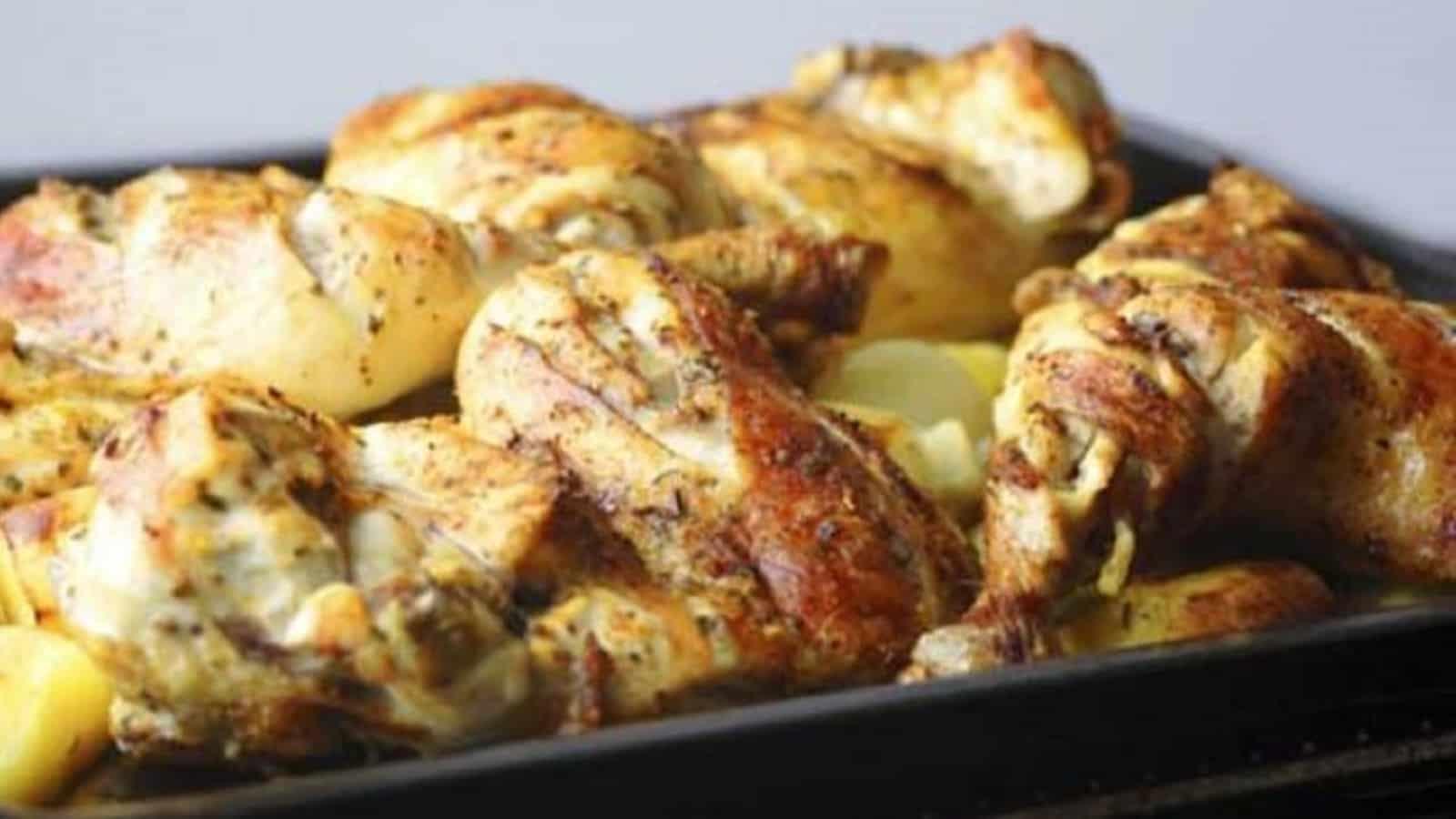 Poulet pommes de terre et oignons au four