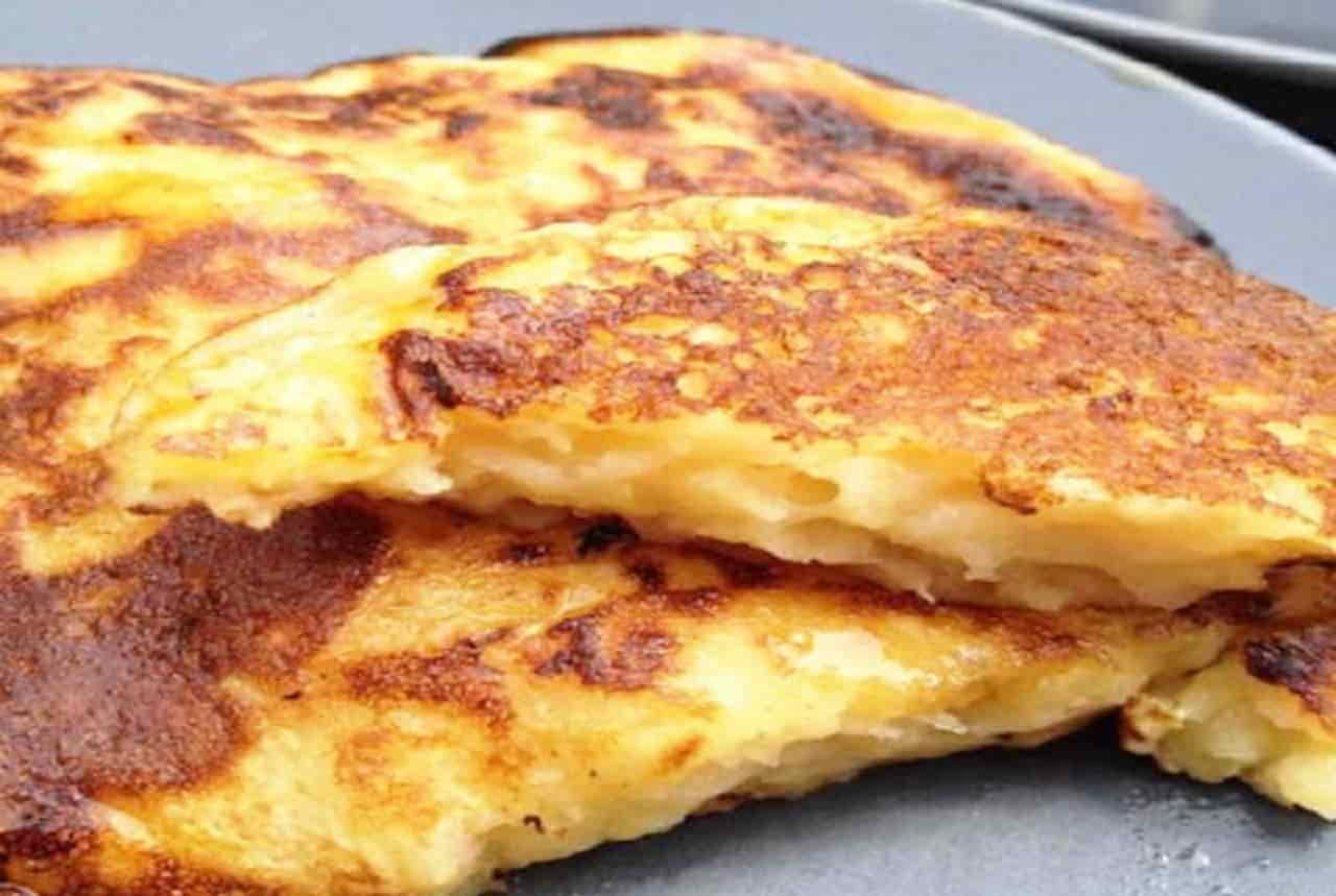 Crêpes aux pommes et fromage blanc