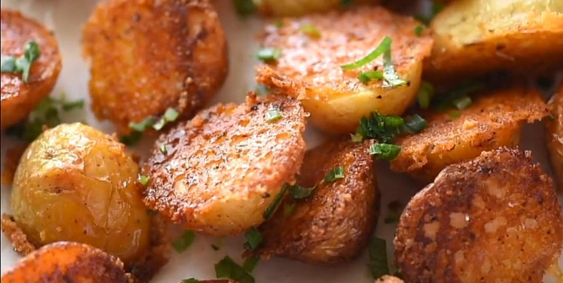 Mini pommes de terre croustillantes au parmesan