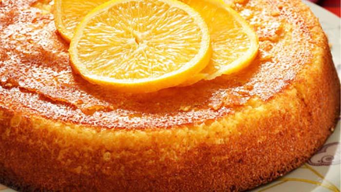 Gâteau fondant de semoule à l'orange