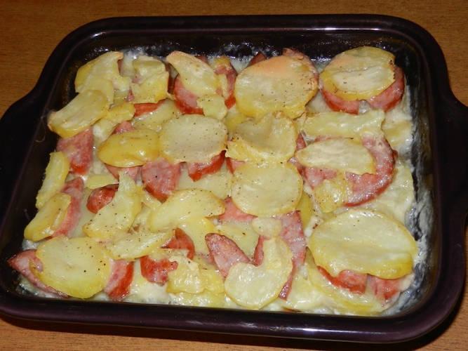 gratin Pommes de terres à la saucisse