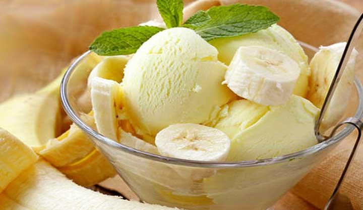 Yogourt glacé à la menthe banane