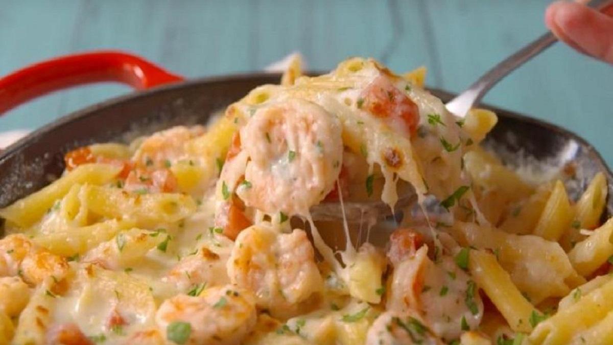 Pâtes Alfredo aux crevettes