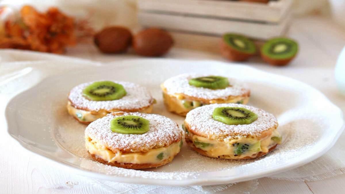 Recette : Délicieux avec de la crème pâtissière et du kiwi