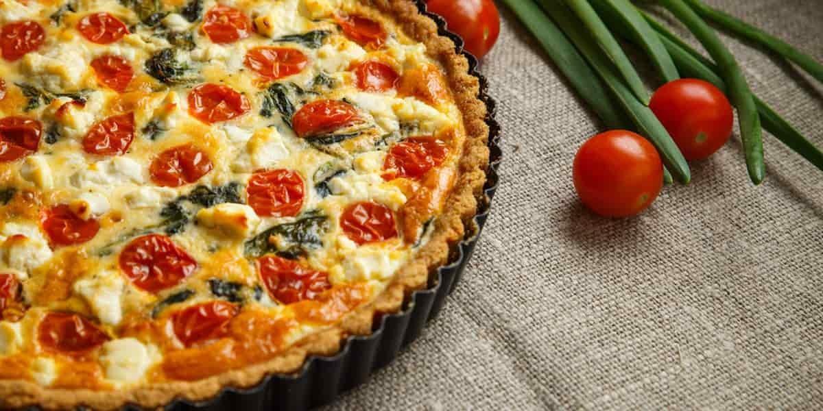 Tarte aux tomates cerise, thon et fromage