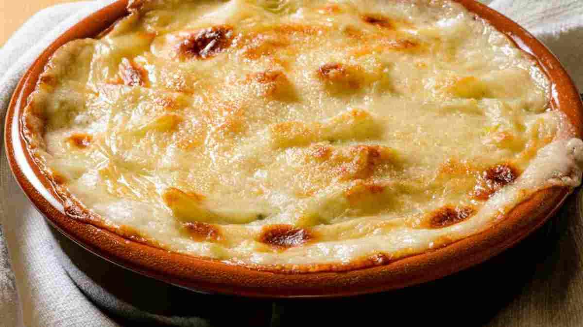 Flan aux poivrons gratiné au fromage